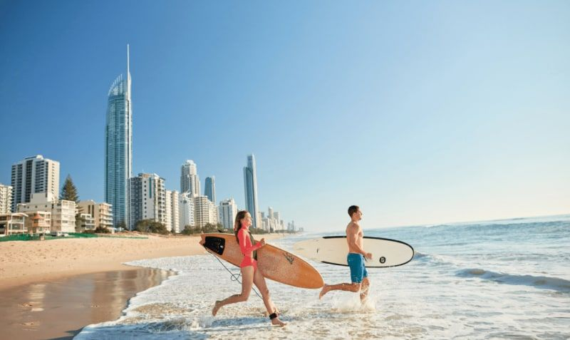 Gold Coast and Whitsunday Islands Luxury Surfing
